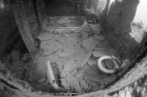 Toilet, sink and bath on the Shinkoku Maru wreck in Chuuk Lagoon, Micronesia