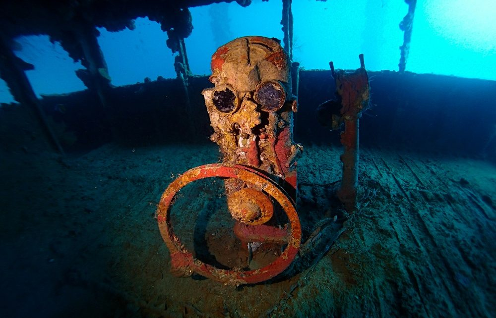 Helm on the bridge of Nippo Maru wreck in Chuuk Lagoon, Micronesia