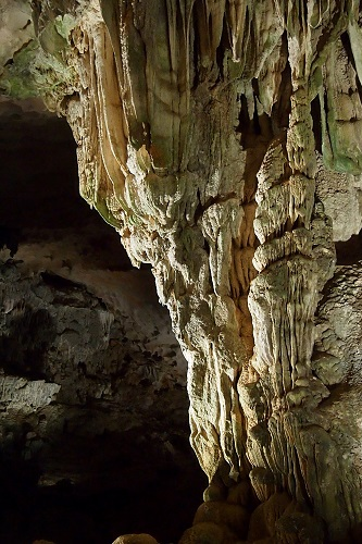 Rock Formations in Sung Sot Cave, Halong Bay, Vietnam