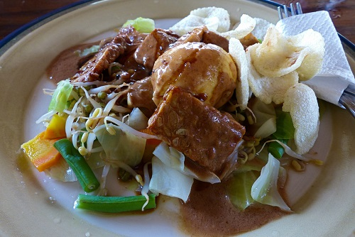 Gado Gado vegetables to eat in Bali, Indonesia