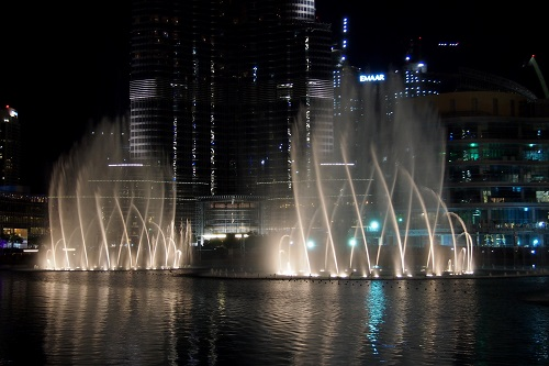 Dancing fountain show at Dubai Mall in UAE